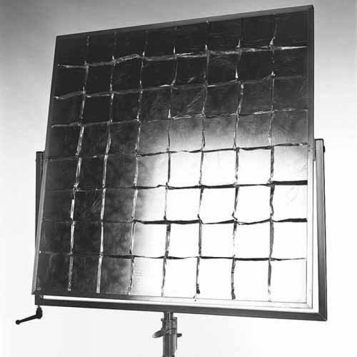 """Standard 42"""" x 42"""" Reflector with Yoke Brake — Silver / Ship Crate included"""