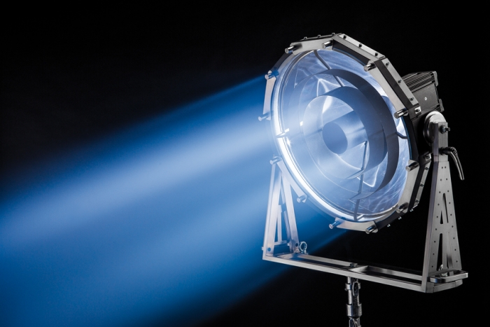 PB70 1.2HMI Parallel Beam System dedolight hmi metal halide lightstream parabolic arri